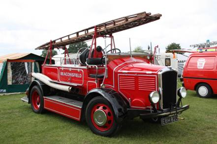 http://images.wikia.com/tractors/images/7/72/Dennis_Ace_fire_engine_-_EBH_823_at_Ardingly_2011_-_IMG_4956.jpg
